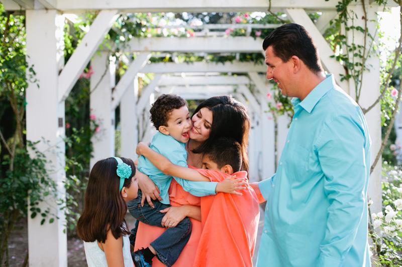 lacy park san marino family portraits-7757.jpg