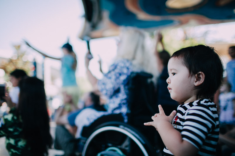 disneyland family portraits-5581.jpg