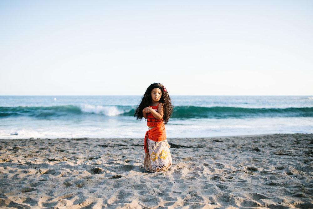moana beach portraits-114.jpg