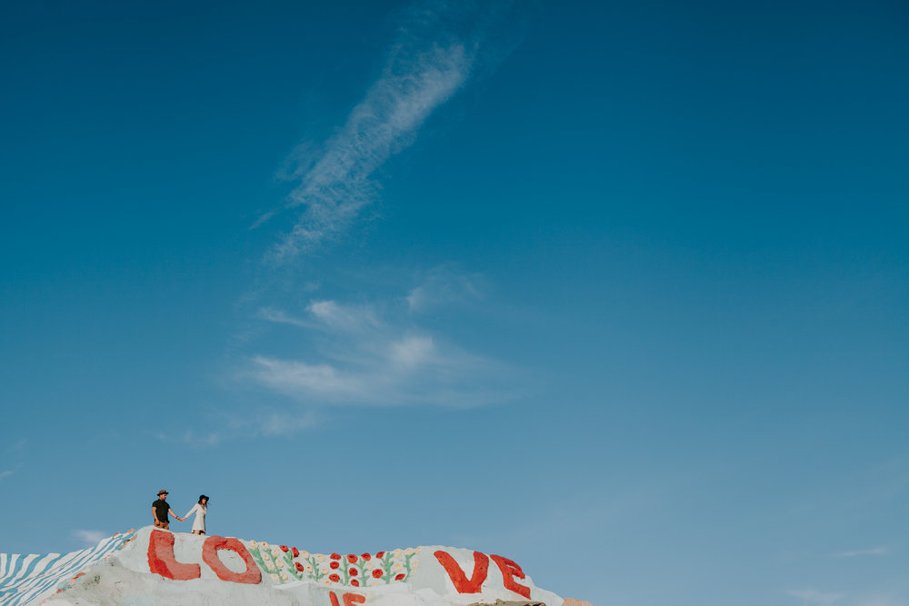 Brenda & Luis :: Salvation Mountain