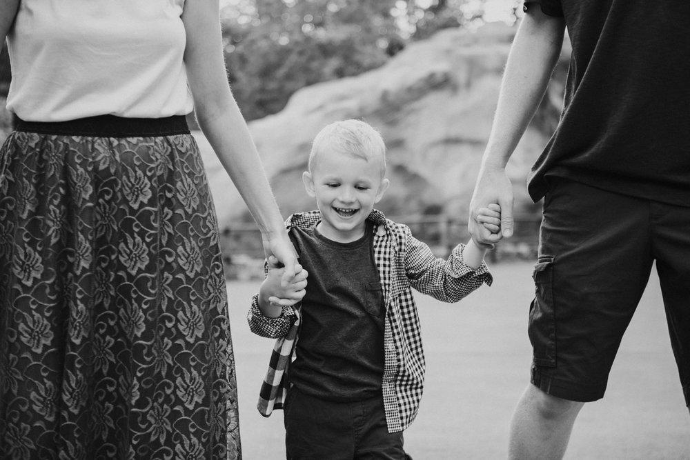 disneyland family photographer-1016.jpg