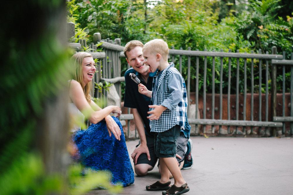 disneyland family photographer-1031.jpg