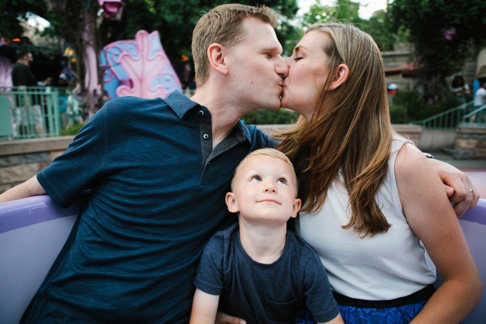 disneyland family photographer-1047.jpg