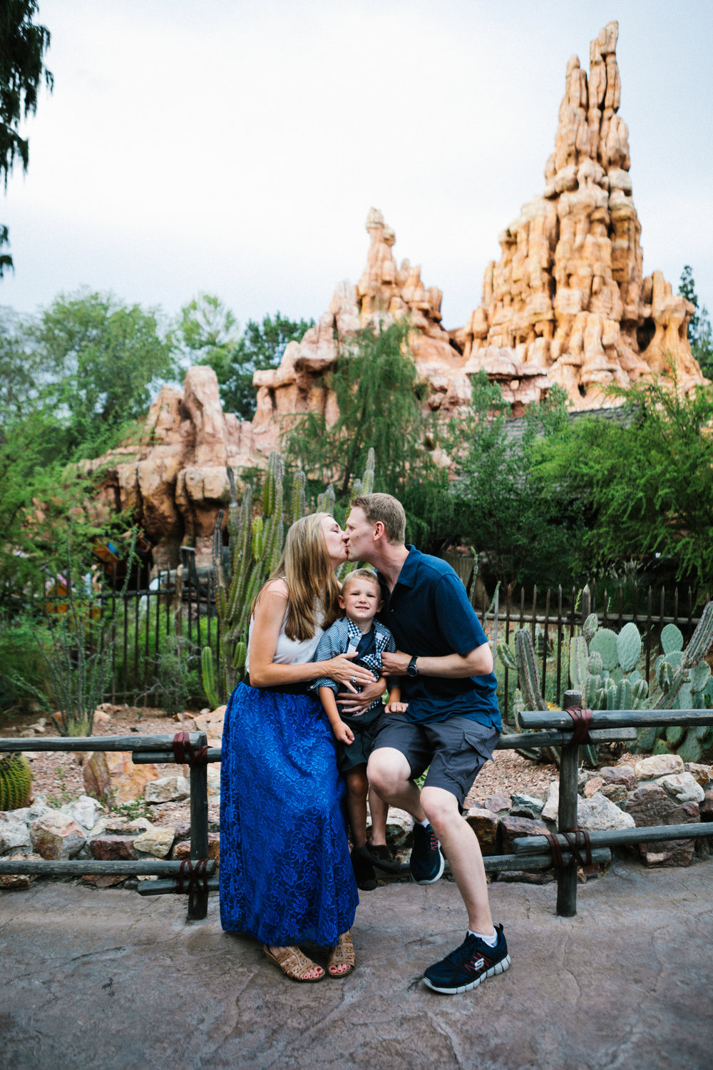disneyland family photographer-1020.jpg