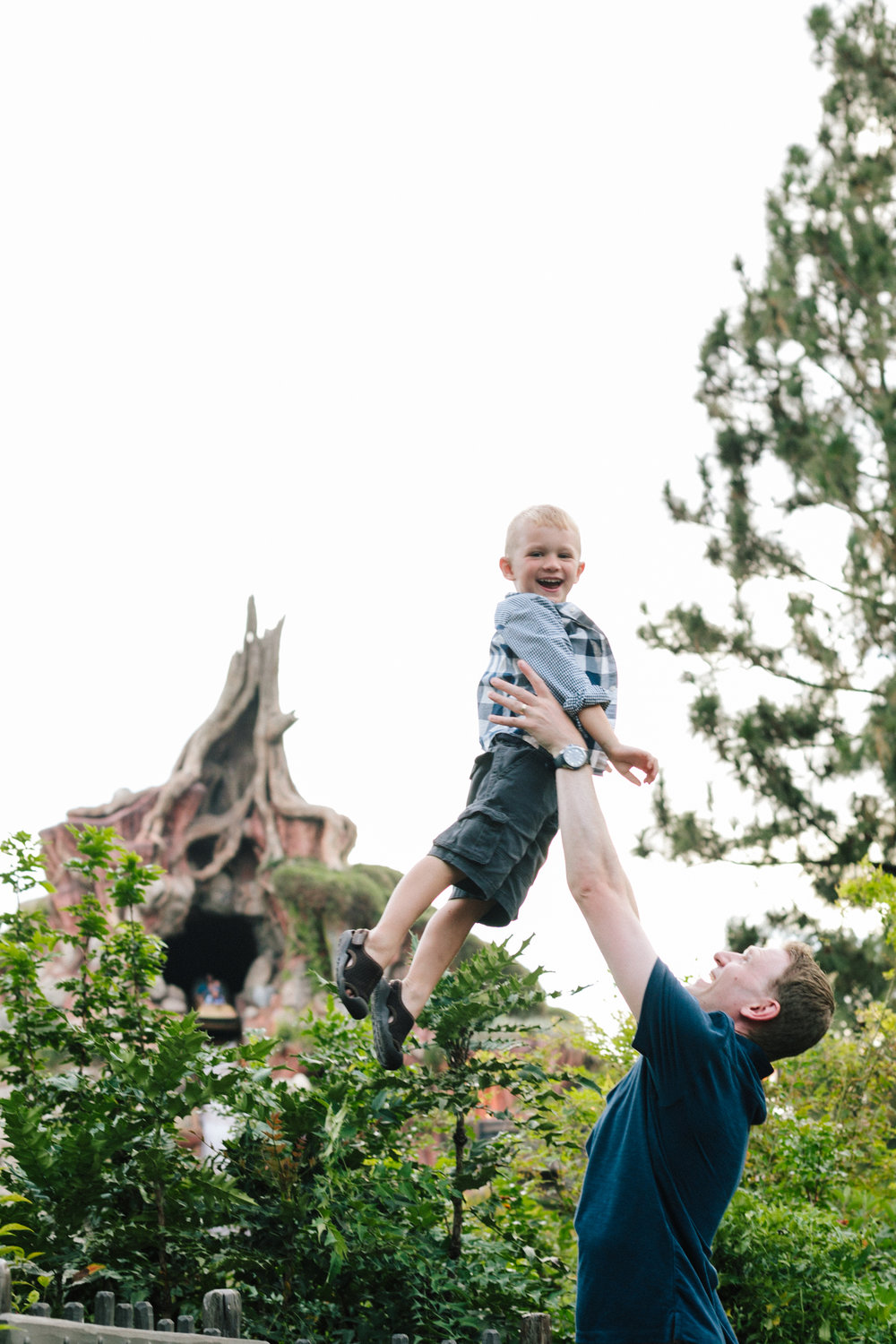 disneyland family photographer-1037.jpg