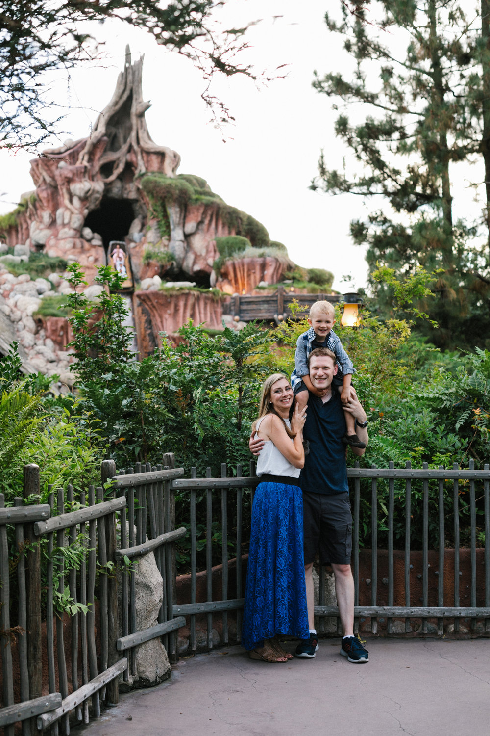 disneyland family photographer-1038.jpg