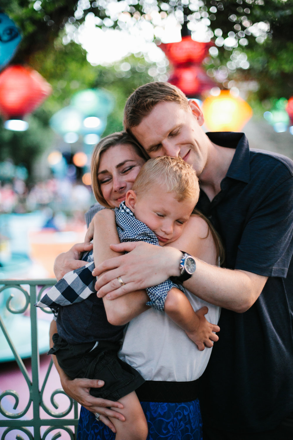 disneyland family photographer-1059.jpg