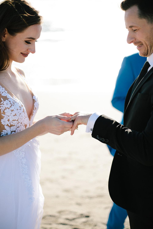 venice beach elopement-150.jpg