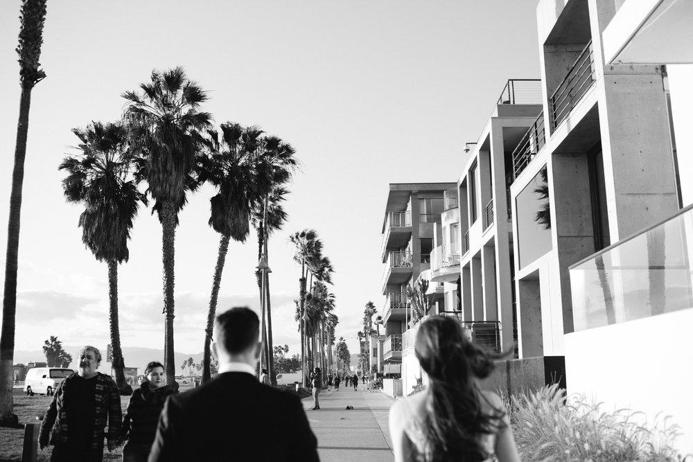 venice beach elopement-171.jpg