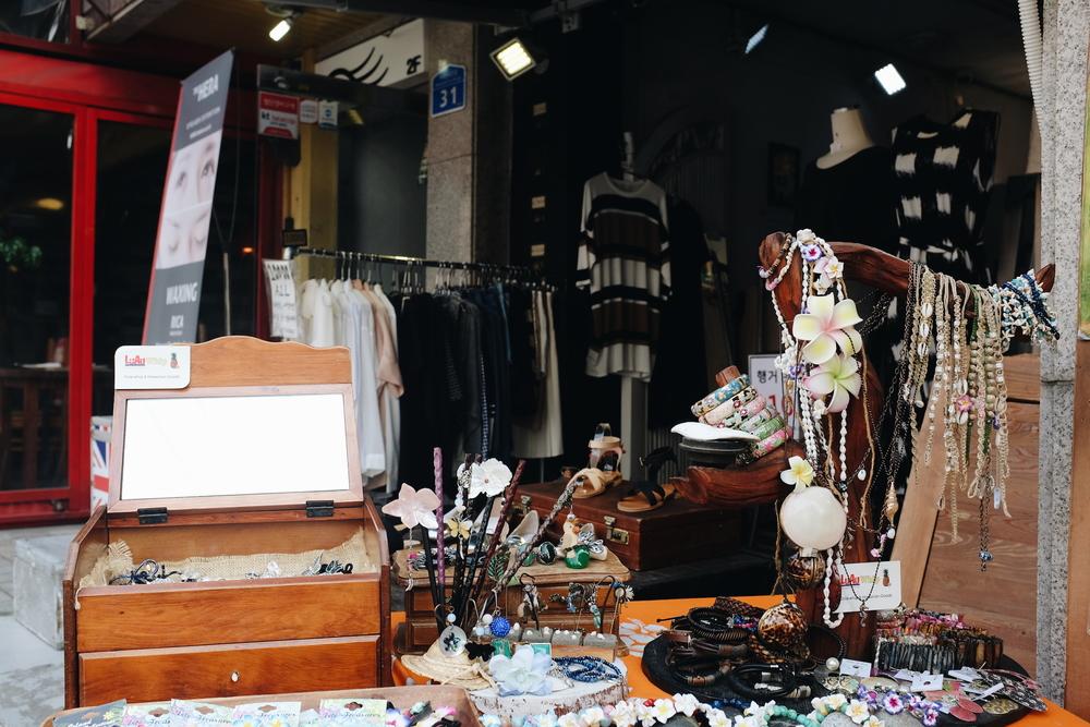 2015_HongdaeStorefronts_8.jpg