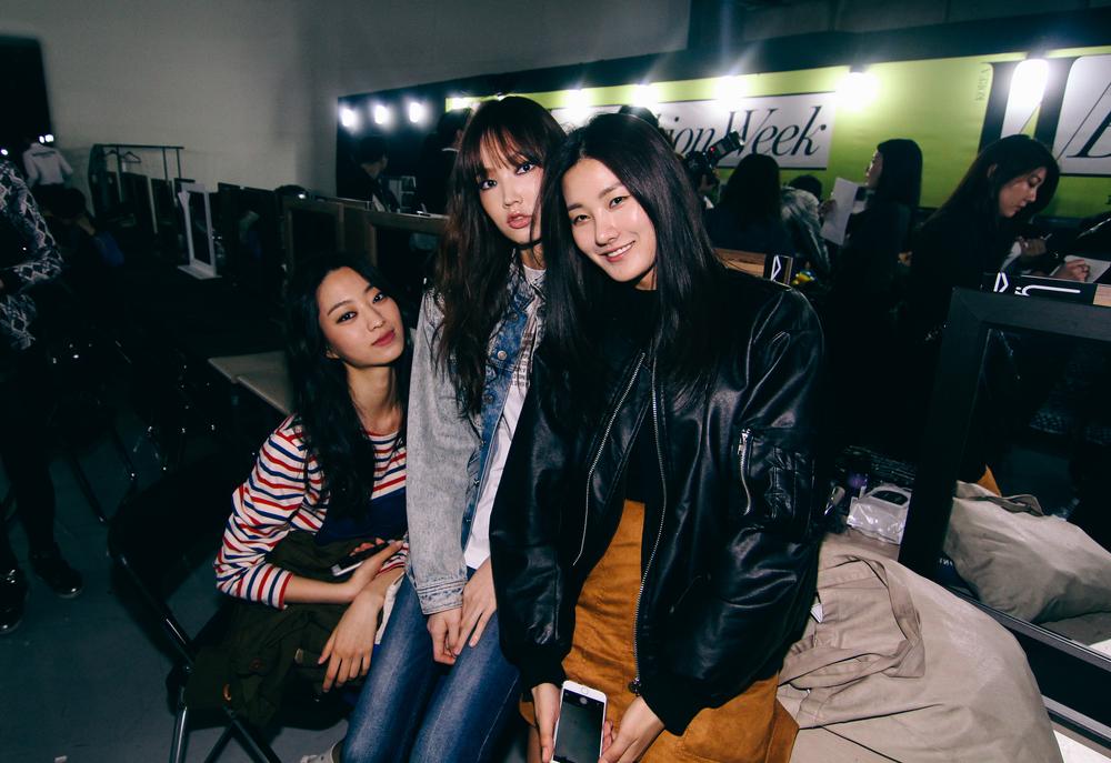 Backstage-SeoulFashionWeek-FW15-3