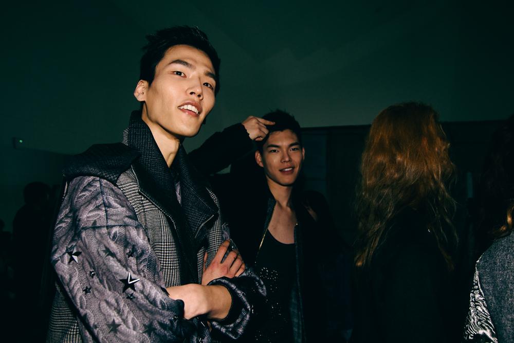 Backstage-SeoulFashionWeek-FW15-9