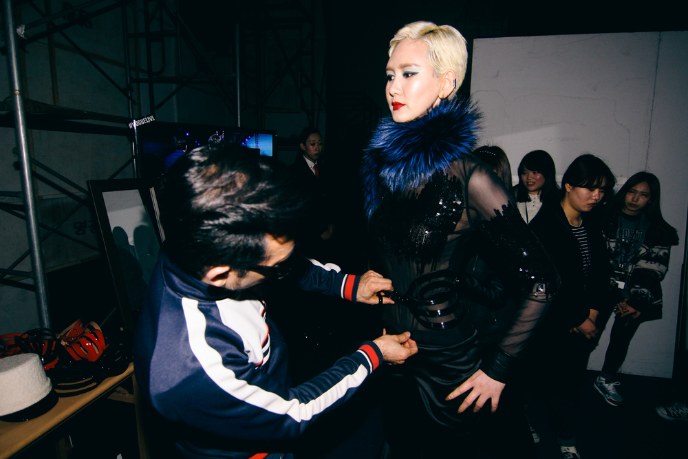 Backstage-SeoulFashionWeek-FW15-10