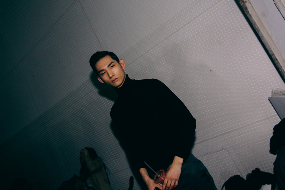 Backstage-SeoulFashionWeek-FW15-14