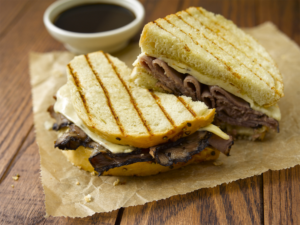 CLASSIC FRENCH DIP (NO BREAD HOLE).jpg