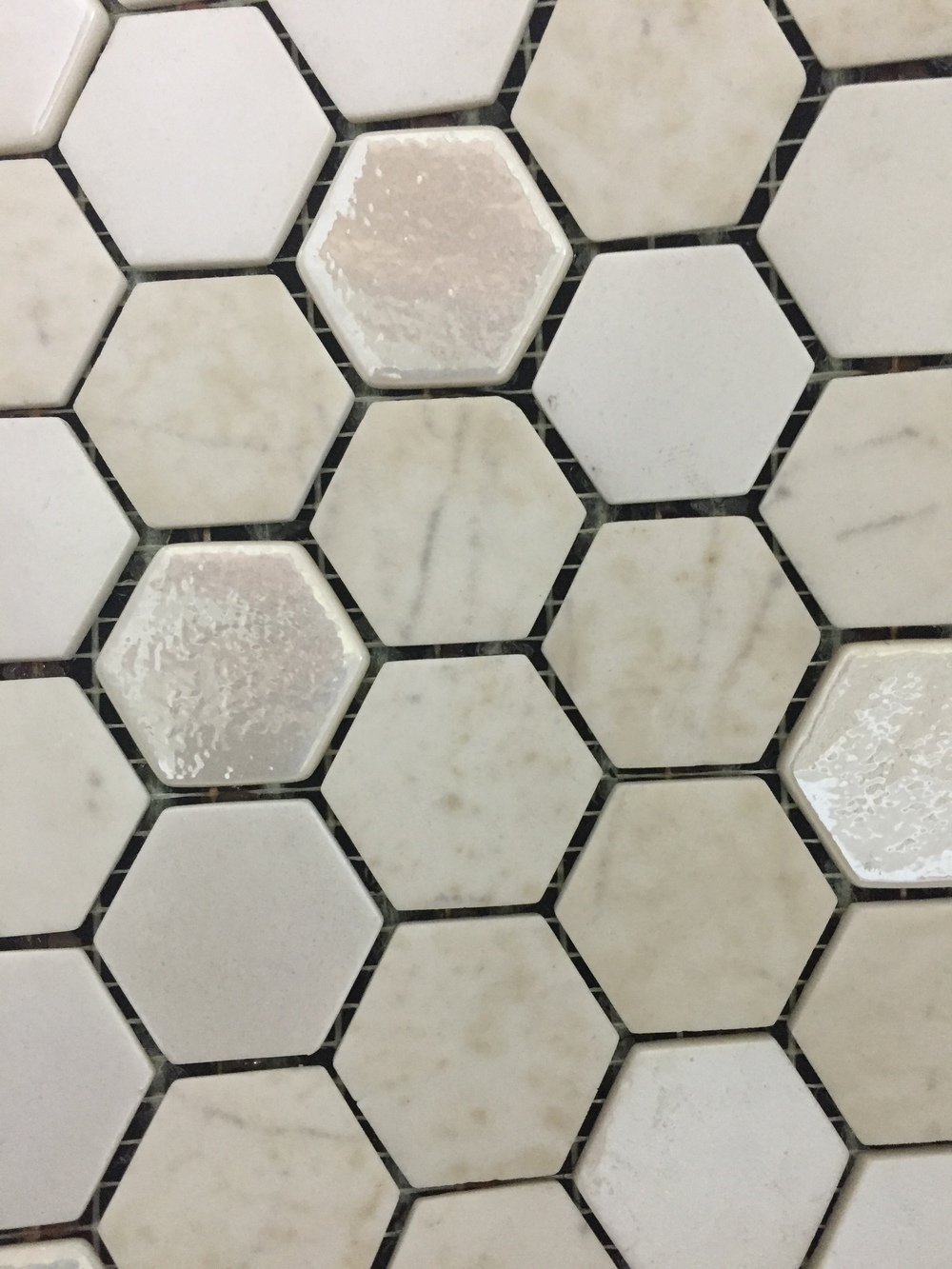 Hexagon Beige Organic