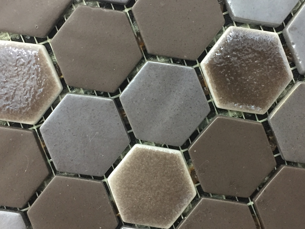 Hexagon Dark Brown Organic