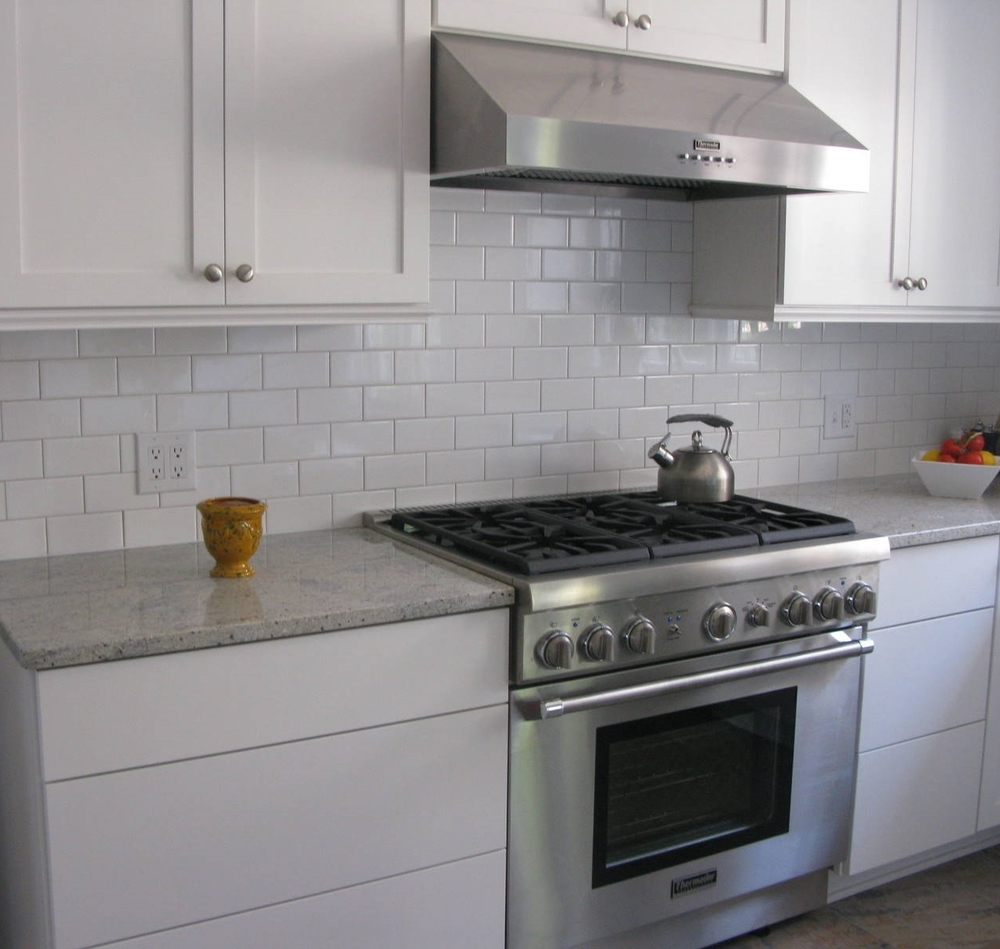 Glass-White-Subway-Tile-Kitchen.jpg