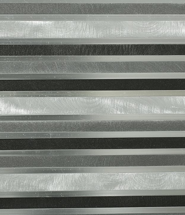 Metal Nero Flow