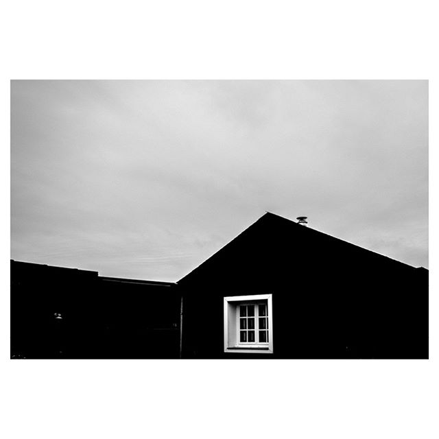 - Corner sweet House -
