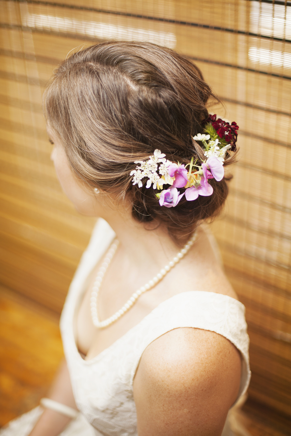 toronto_wedding_bride_flowers_hair