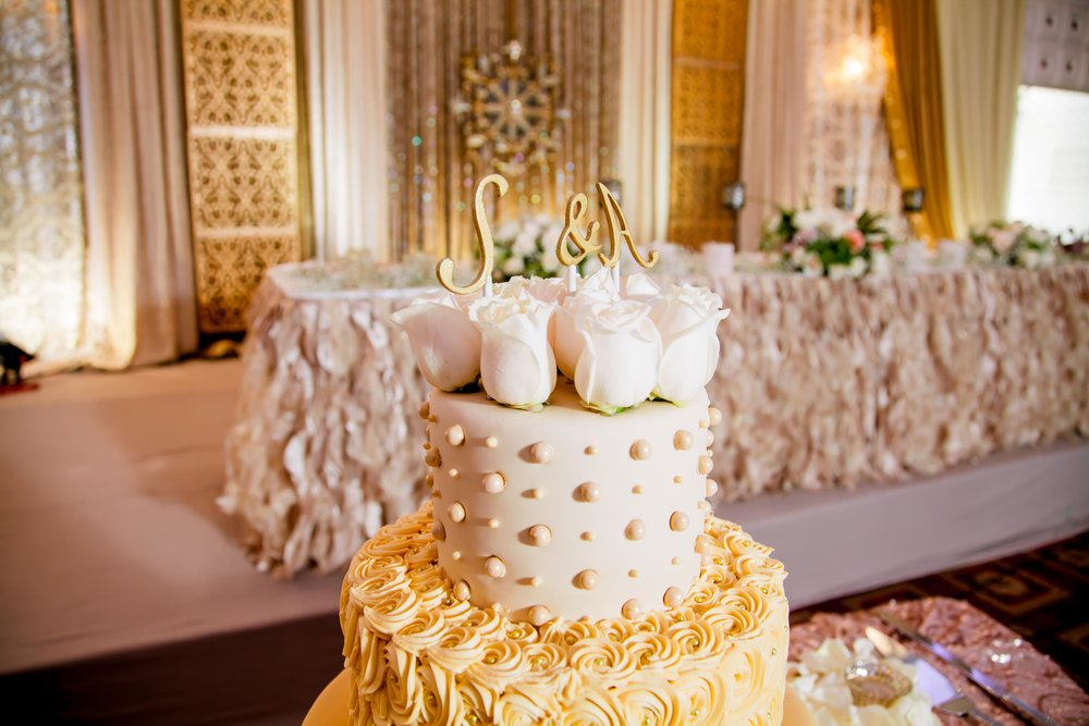 Verdi Convention centre Etobicoke toronto wedding photography photographer packages Somali Eritrean Nigerian Indian Ethiopian Iranian Tanzanian Harari Habesha Ontario Ottawa destination Yummy stuff cakes Yellow Gold Decor Elegant Videographer female photographer toronto Muslim Muslimah Islamic Wedding engagement wedding planning destination UAE Abu Dhabi Dubai