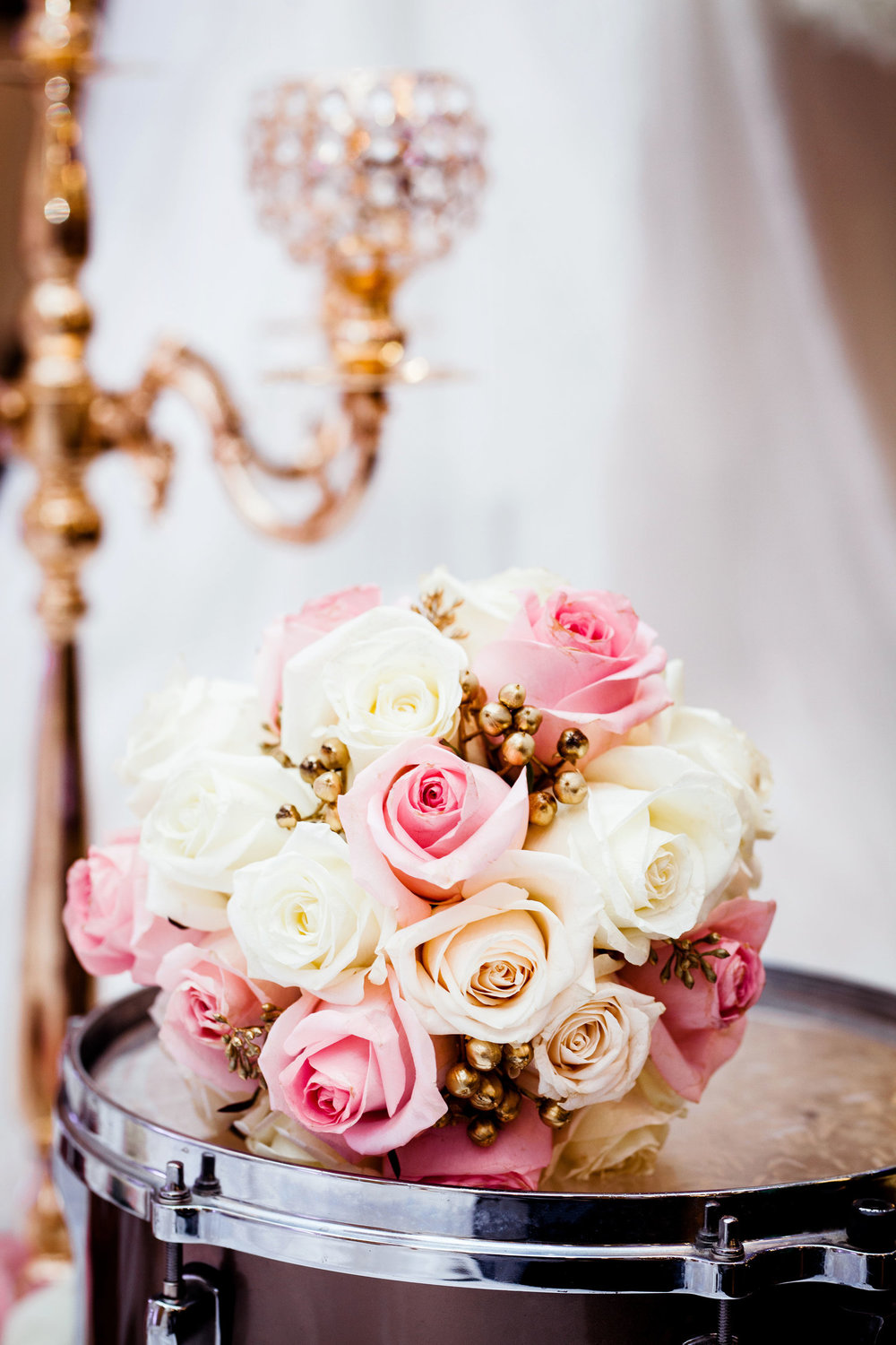 Somali Wedding Toronto Details Muslim Ethiopian Eritrean Tanzanian Toronto Ontario Royal King Banquet Hall Munaluchi Bride Egyptian Henna Black Henna Bride Cultural Islamic Babylon Decor Karimah Gheddai Photography Zuhoor Designs bouquet Florals Roses Pink and Gold