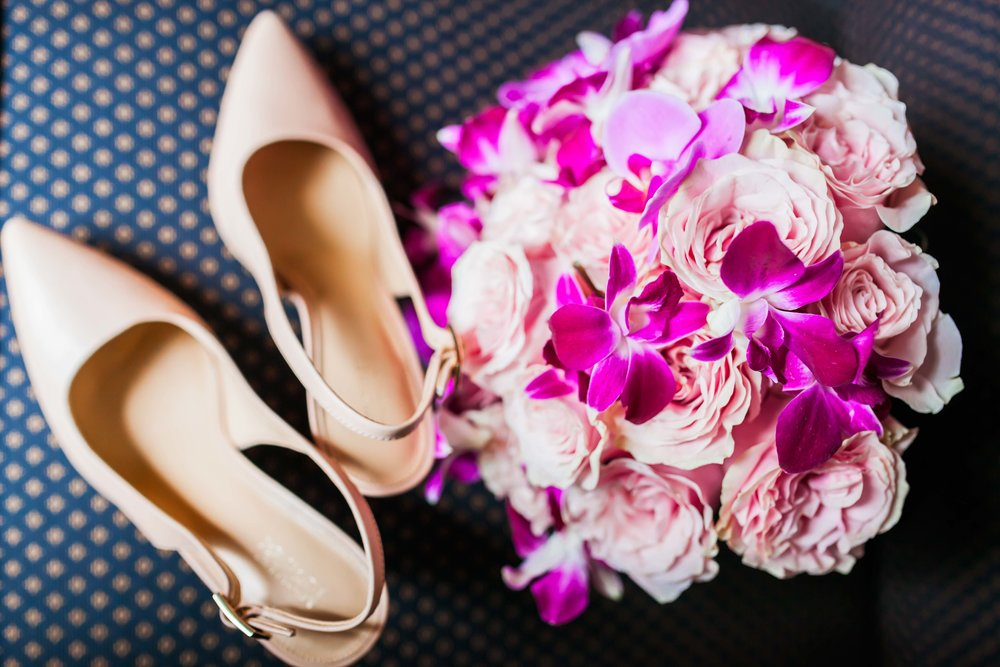 Toronto Wedding Photographer Glam Bright Photos Somali Weddings Habesha Eritrean Indian Kenyan Muslim Arab Christian Ontario Ottawa Munaluchi Bride Karimah Gheddai Photography Eritrean Ethiopian International Destination Shoes Flowers Bouquet
