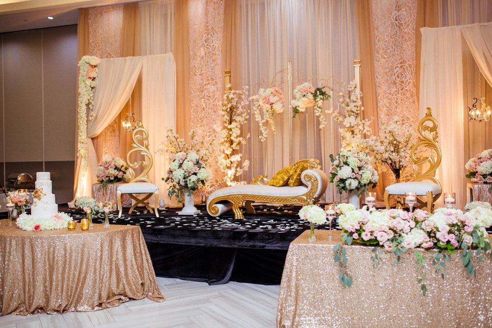 Wedding cake gold white karimah gheddai photography African Wedding Photographer Muslim Habesha Somali Pakistani Indian Sultana Wedding Decor Apollo Convention Centre Mississauga Ontario Luxury