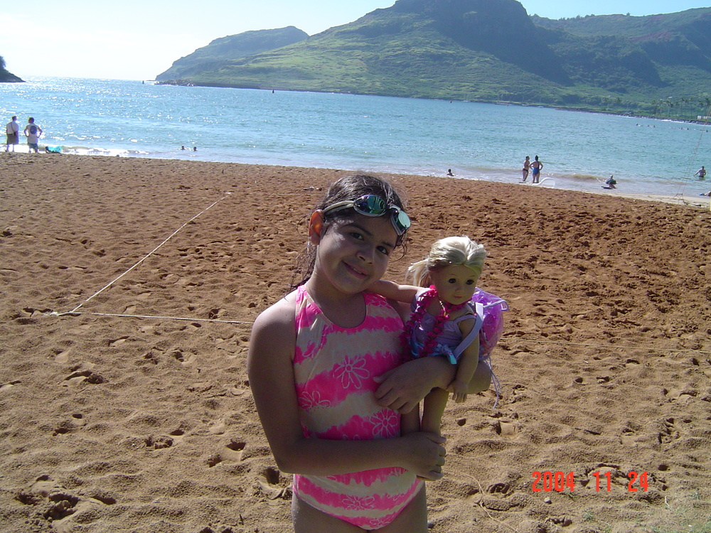 Alyssa in Hawaii_2004.jpg