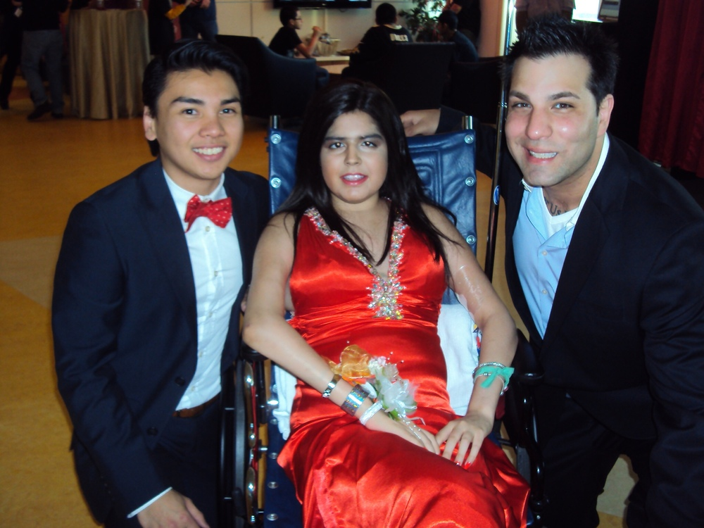 Kevin & Cousin Danny Prom Lurie's 052014.jpg