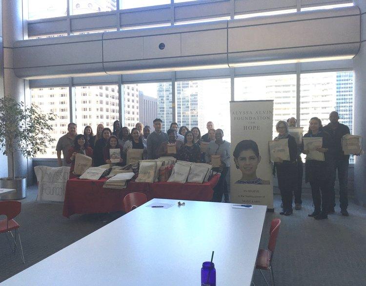 BCBSIL Volunteers Prepare 200 Alyssa SAKs — Alyssa Alvin