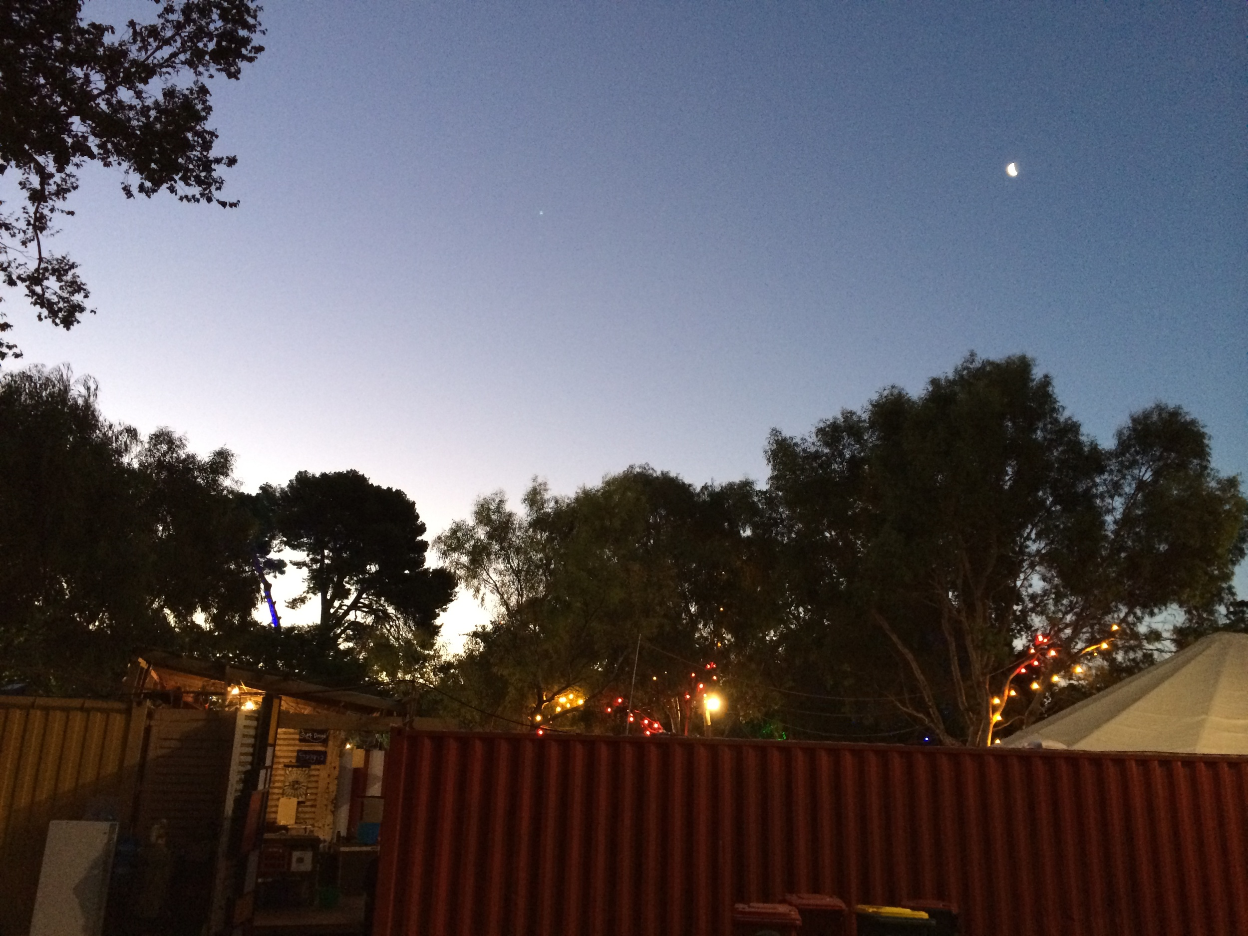 Clear skies down at the Garden of Unearthly Delights.