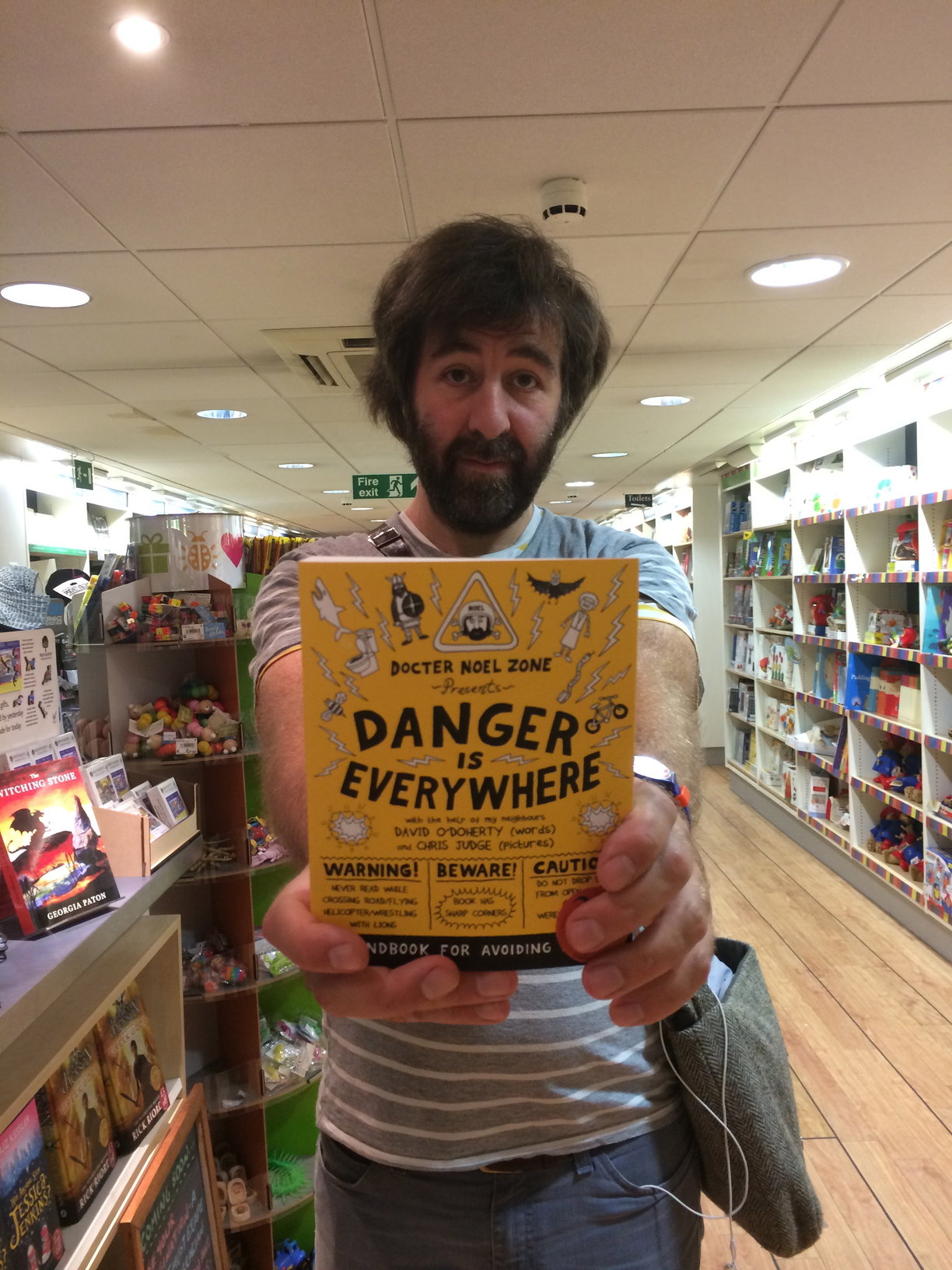 David O'Doherty with his book!
