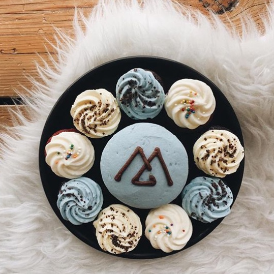 Baking for friends is simply the most fulfilling thing we do, monogramed cupcakes for Monogram Co's first birthday at Altador.