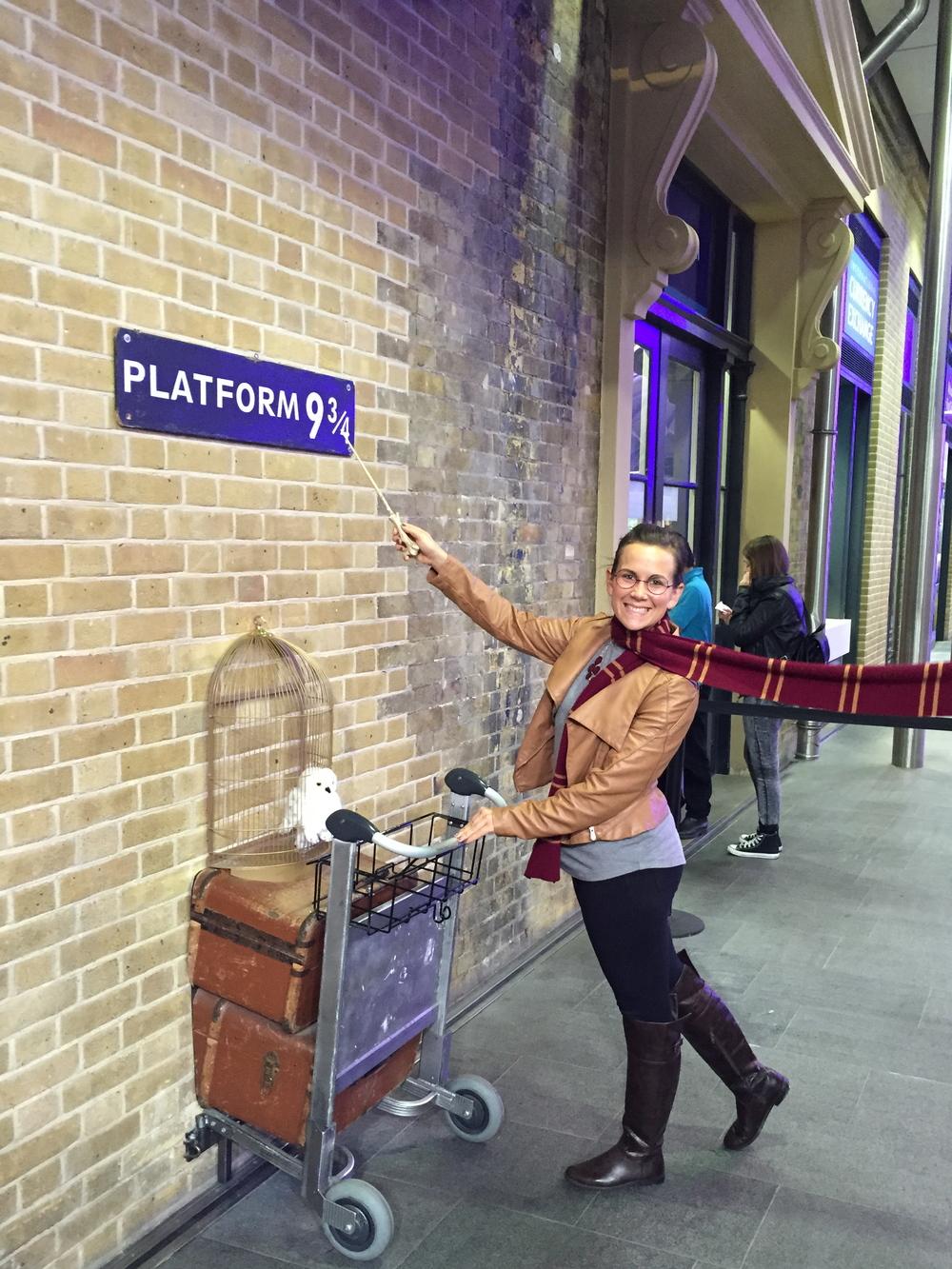 Anna Platform 9 3/4