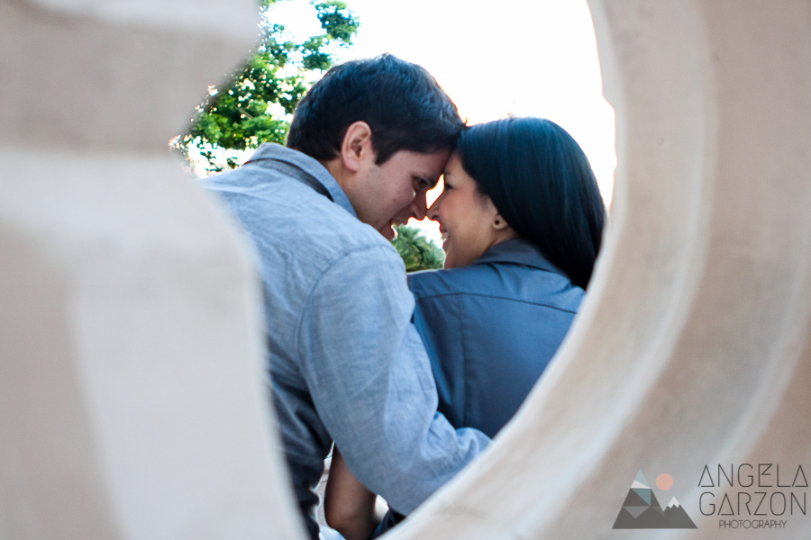 san diego-courthouse-engagement-candid-architecture
