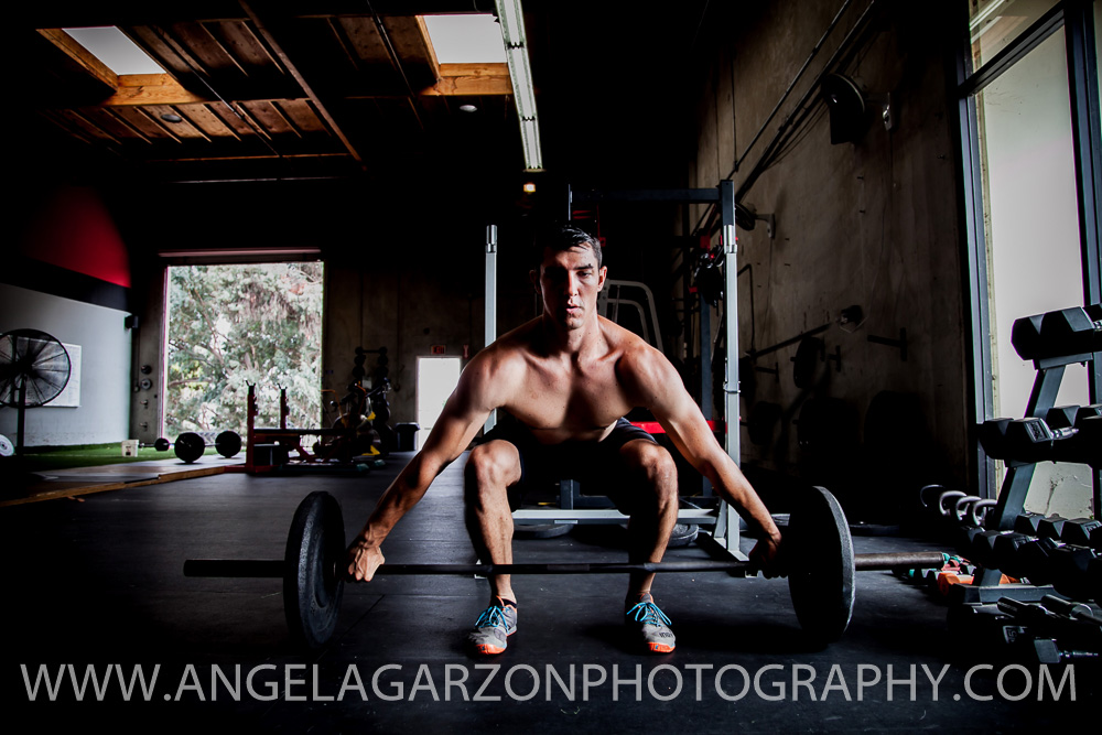 san-diego-photographer-brzn-online-fitness-training-snatch-deadlift