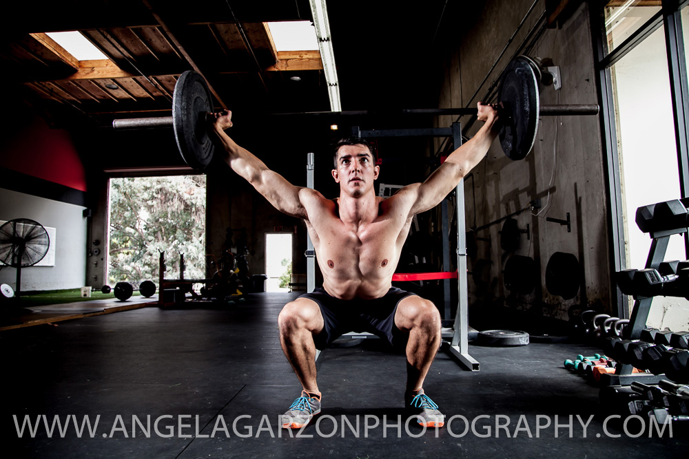 san-diego-photographer-brzn-fitness-online-training-overhead-squat.JPG