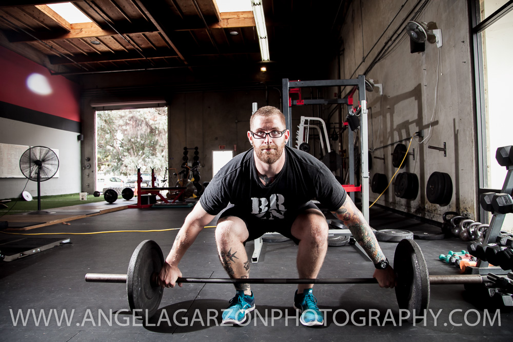 san-diego-photographer-brzn-fitness-online-training-snatch-deadlift-2.JPG