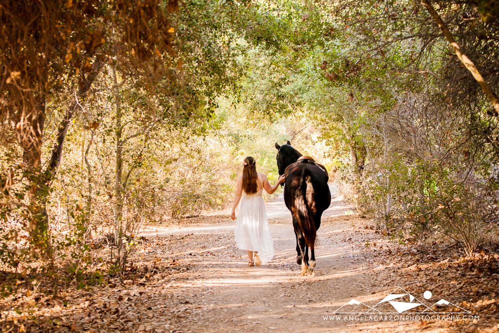 san-diego-wedding-photographer-elopement-bohemian-bride-horse-forest-los-penasquitos-canyon-preserve-wanderlust-adventure-6