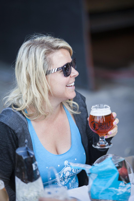 bolt-bresery-girl-drinking-beer.jpg
