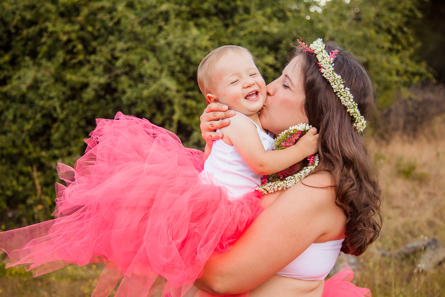 ramona-grasslands-session-family-maternity-san-diego-photographer-pink-tutu-pregnant-belly-mountains-adventure-5.jpg