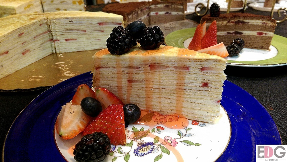 Queens Taste_ Rose Tea House Crepe Cake.jpg
