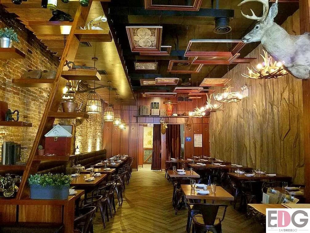 Tavern 157 Interior.jpg