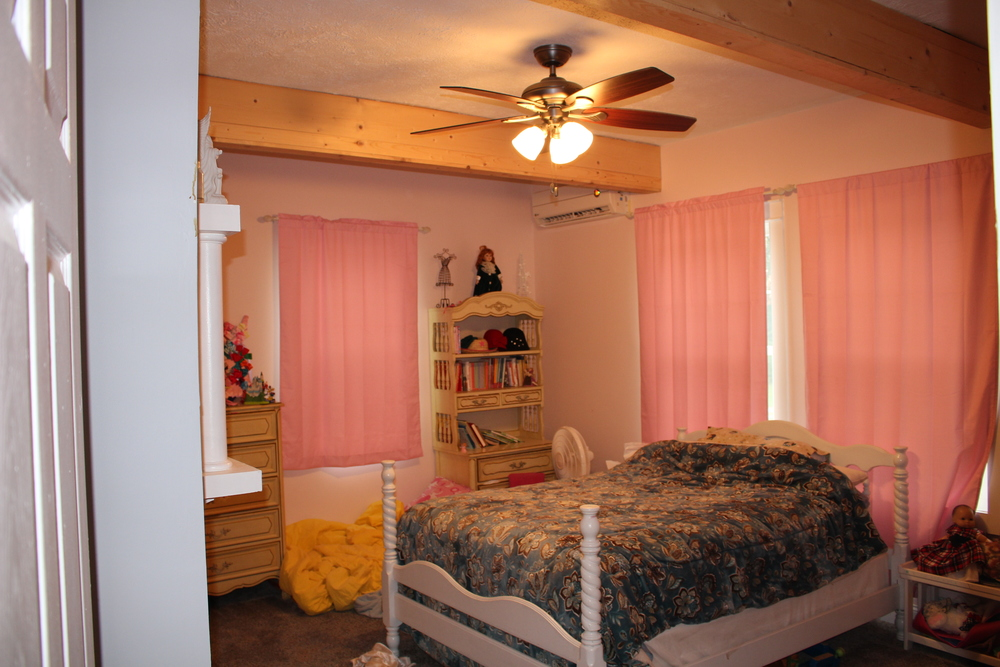 Caeli Grace's pretty room