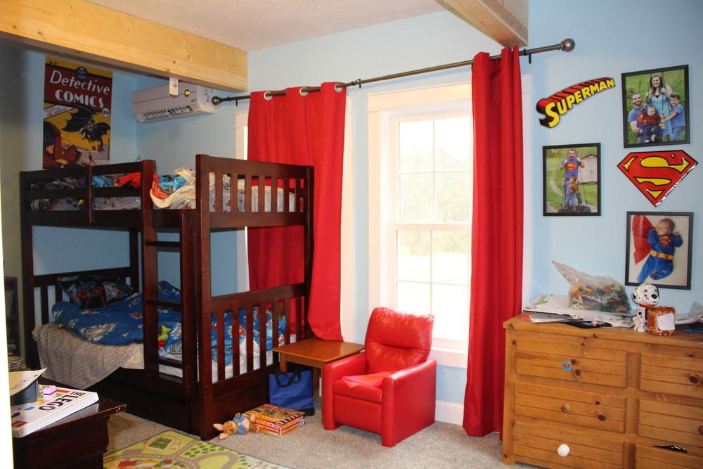 Boys' room!