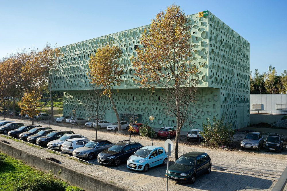 Engineering Research Institute, Minho University, Guimaraes, Portugal, Claudio Vilarinho, 2015