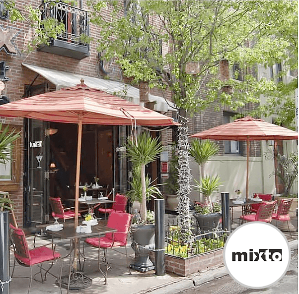 Mixto's Outdoor Seating