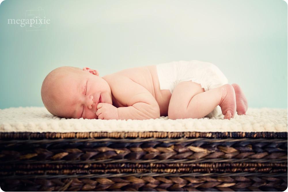 Raleigh_Newborn_Photographer_7
